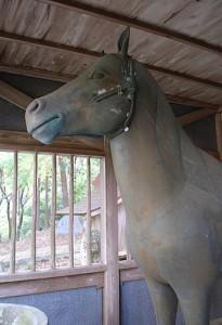 鋳造の銅馬